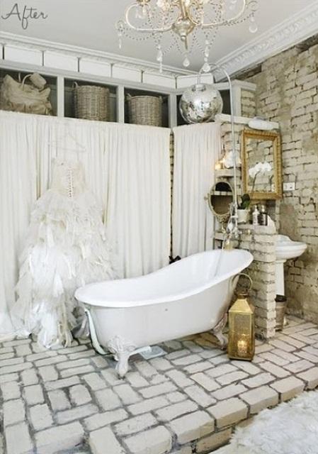 Phòng tắm dịu dàng với tường gạch (13)