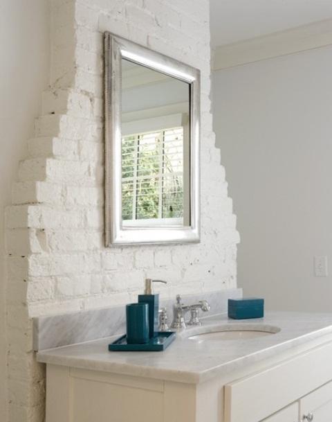 Phòng tắm dịu dàng với tường gạch (18)