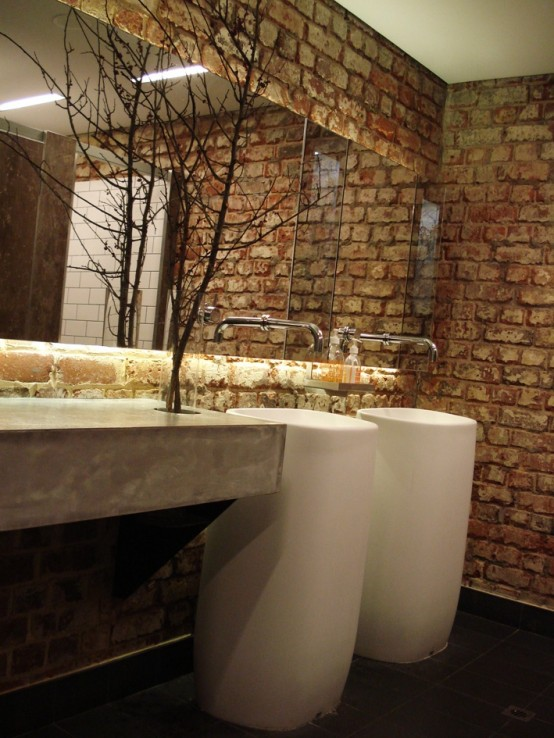 Phòng tắm dịu dàng với tường gạch (32)