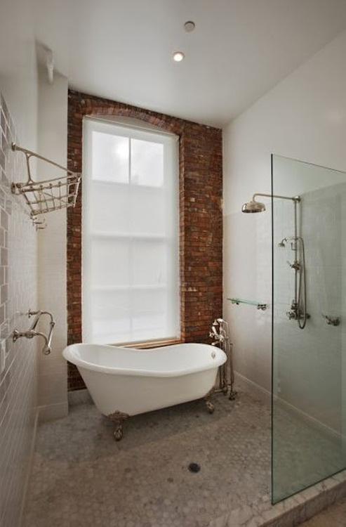 Phòng tắm dịu dàng với tường gạch (10)