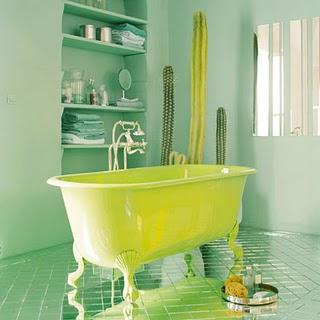 Vũ điệu sắc m� u trong phòng tắm (10)
