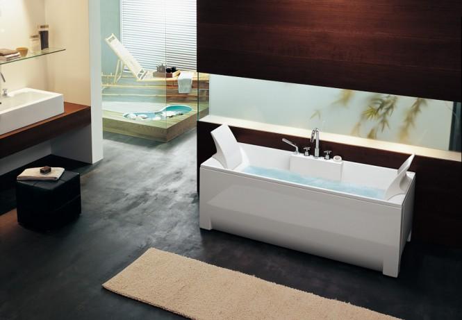 rectangular bathtub