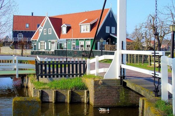 Thăm làng cổ Hà Lan đầy màu sắc 4