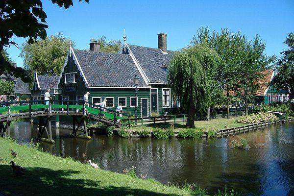 Thăm làng cổ Hà Lan đầy màu sắc 5