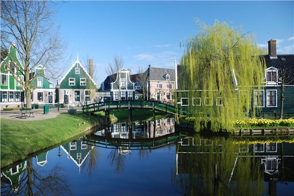 Thăm làng cổ Hà Lan đầy màu sắc 6