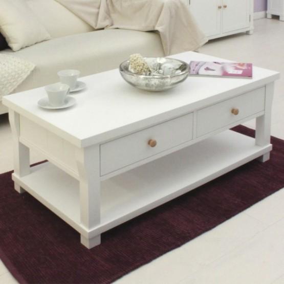 Thiết kế nội thất phòng khách với gam màu trắng