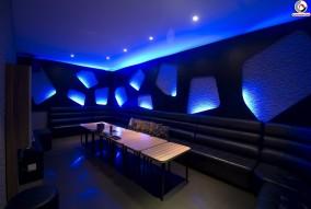 thiet-ke-karaoke-blue