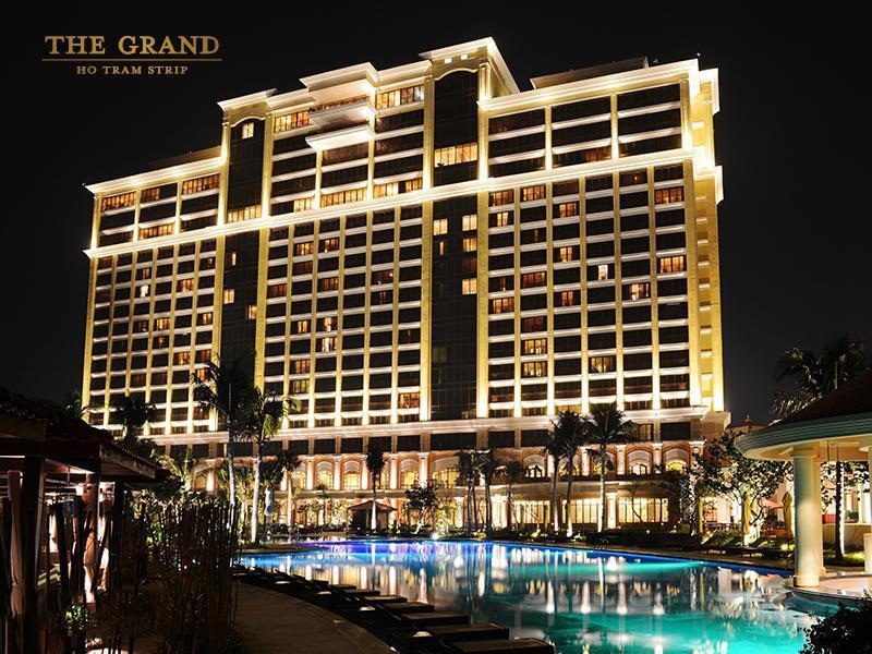Mẫu Khách Sạn The Grand - Hồ Tràm Strip